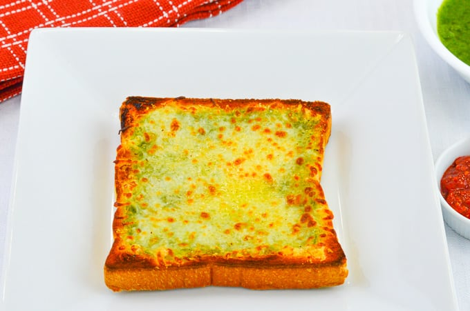 garlic bread using regular sliced sandwich bread