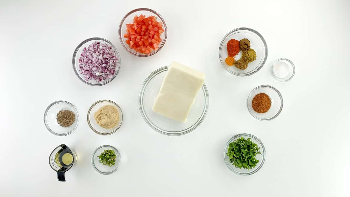 top shot of all the ingredients required to make paneer bhurji